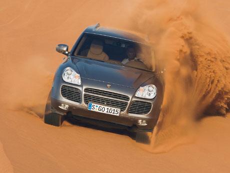 Фото Porsche Cayenne Turbo (S)